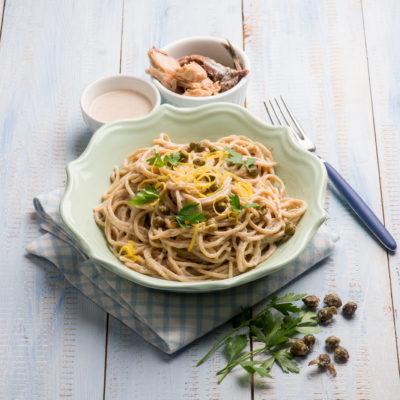 Spaghetti con Alici, Pangrattato, Pomodorini e Pistacchio